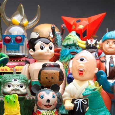 otakus, figuras, juguetes y otras cosas interesantes que comprar en japón